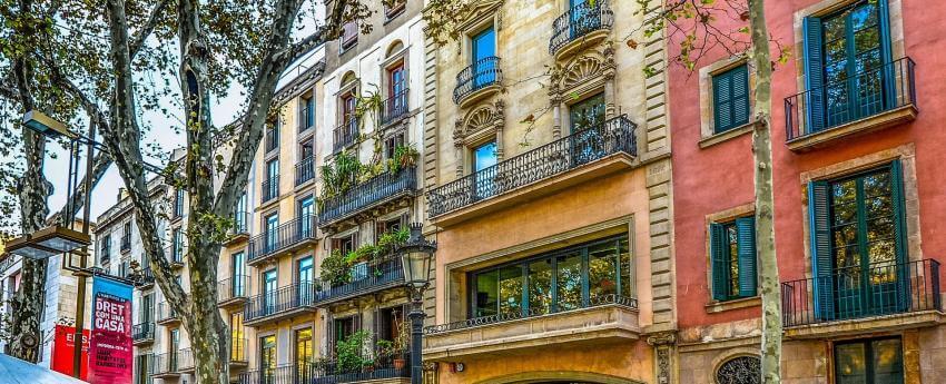 Fachadas de edificios de Barcelona
