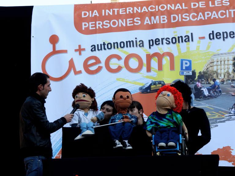 Un momento del espectáculo 'Companys de barri', en una celebración del Dia Internacional de las Personas con Discapacidad